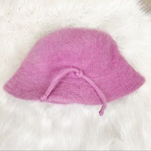 Clueless style Pink fur bucket hat